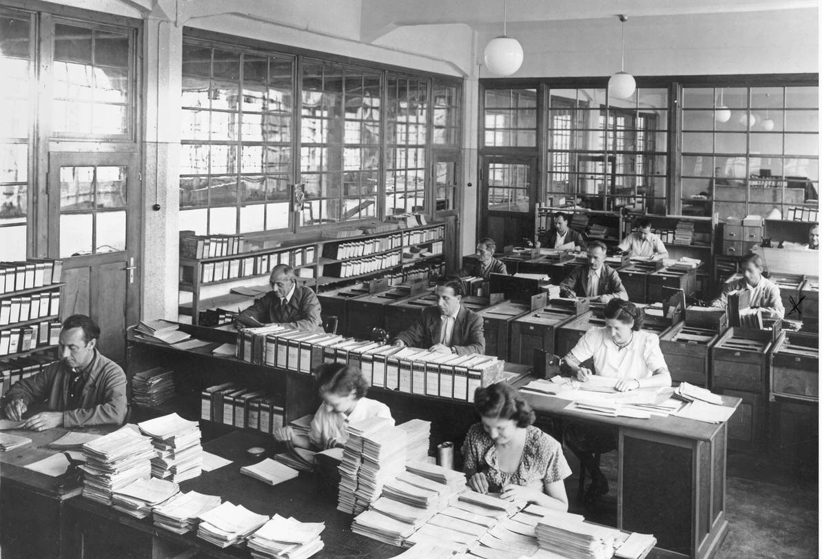 Office work like on an assembly line – The old product costing analysis department at the Seitz-Werke