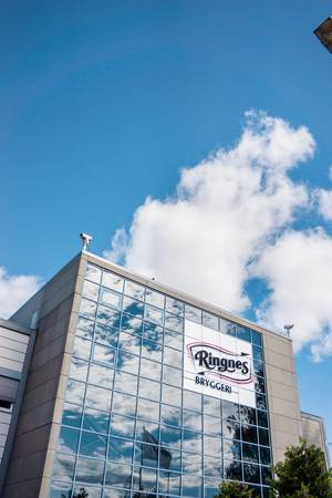 Ringnes, the largest brewery in the country and part of Carlsberg Group, is headquartered in Hagan just outside the Norwegian capital of Oslo.