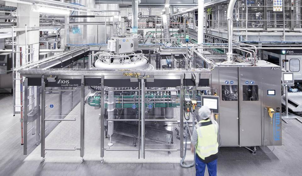The Innofill DVD can filler is the heart of the new canning line which represents the biggest single investment in the history of RHODIUS Mineralquellen.