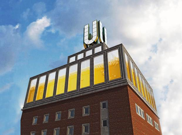 The Dortmunder U, originally the fermentation and storage tower of the Union Brewery, is now used as an arts center. The U Tower picture clock on the top of the substructure beams LED film images into the heavens above the city and are visible for miles.