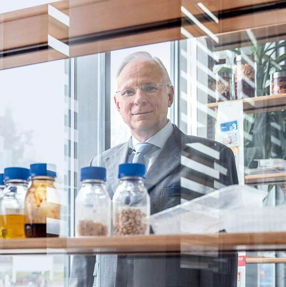 Active, intelligent packaging is the prime focus of research for Prof. Dr. Horst-Christian Langowski and the Fraunhofer IVV in Freising near Munich, Germany.