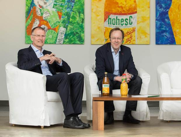The bottles and packaging of the fruit juice beverages are practically works of art think Eckes-Granini plant manager Hermann Naumann (right) and Bernd-Thomas Kempa from KHS Corpoplast.