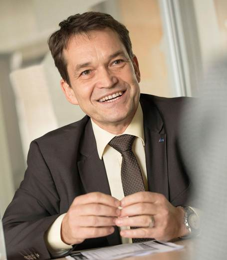 Interview mit Frank Hollmann, Head of Market Zone Asia Pacific, KHS GmbH